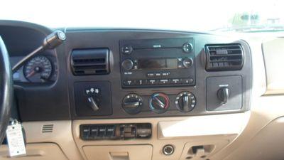 2006 Ford Super Duty F-350 SRW Lariat
