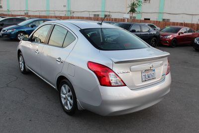2012 Nissan Versa SL